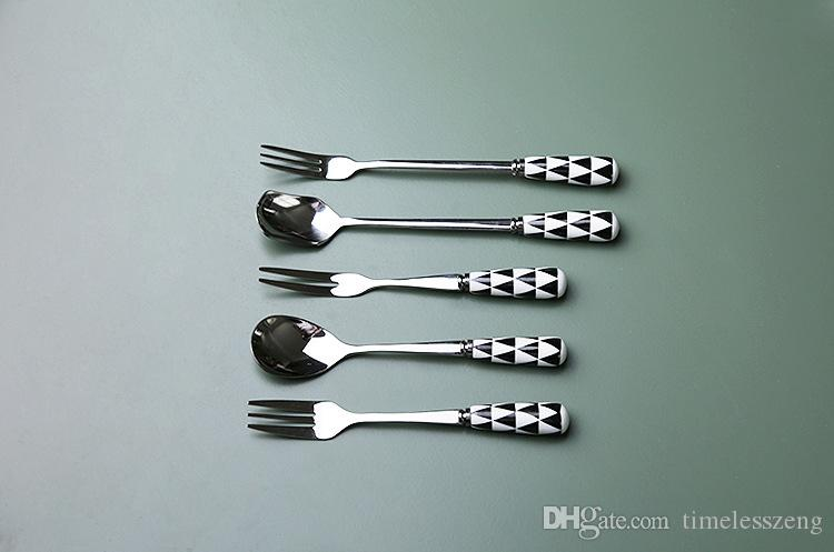 Boreal Europe style tableware Ceramic handle 304 stainless steel fruit spoon and fork Coffee dessert tableware series