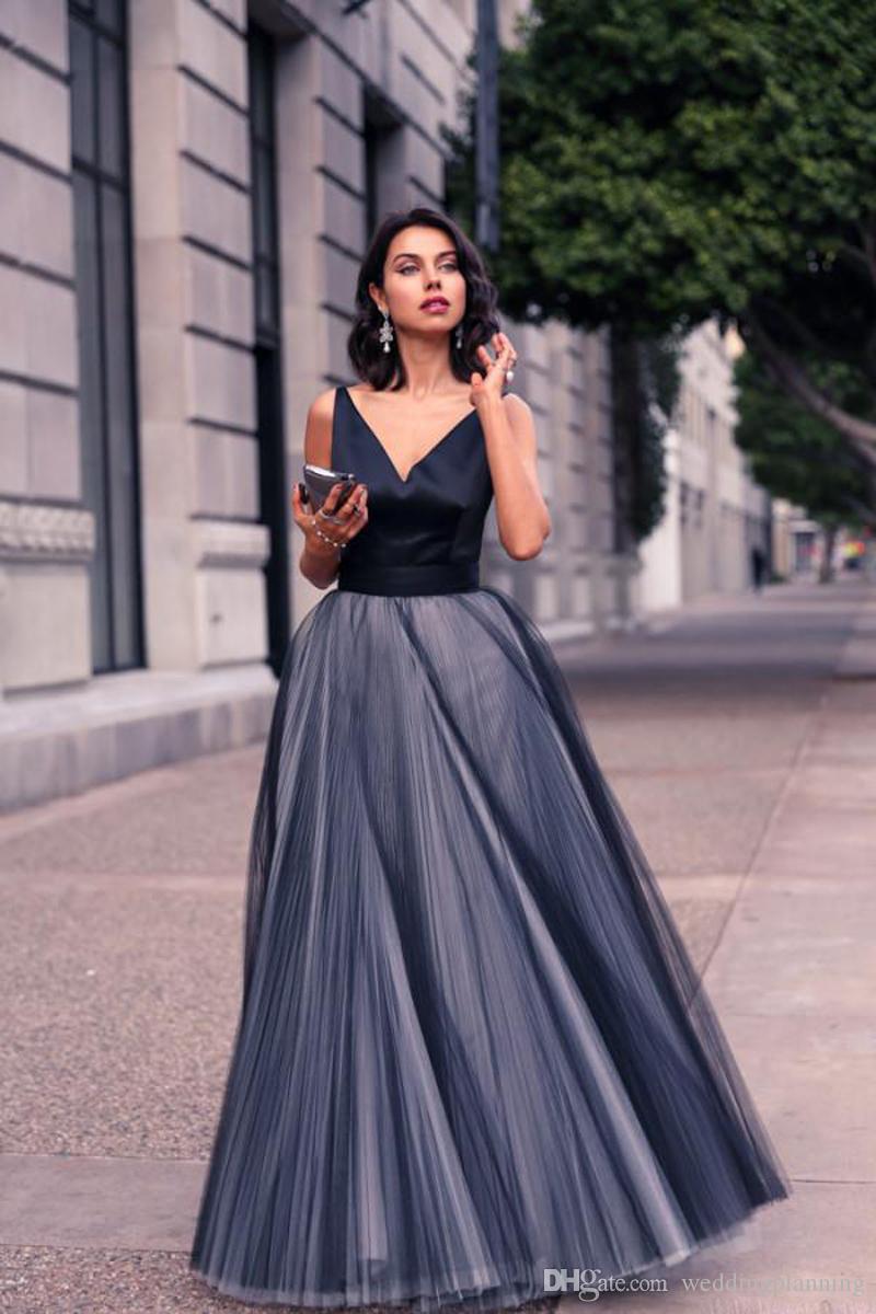 좋은 공식적인 블랙 Tulle 이브닝 드레스 새틴 스파게티 스트랩 V 목 빈티지 긴 컷 파티 파티 드레스 맞춤형 여성이 만든 가운
