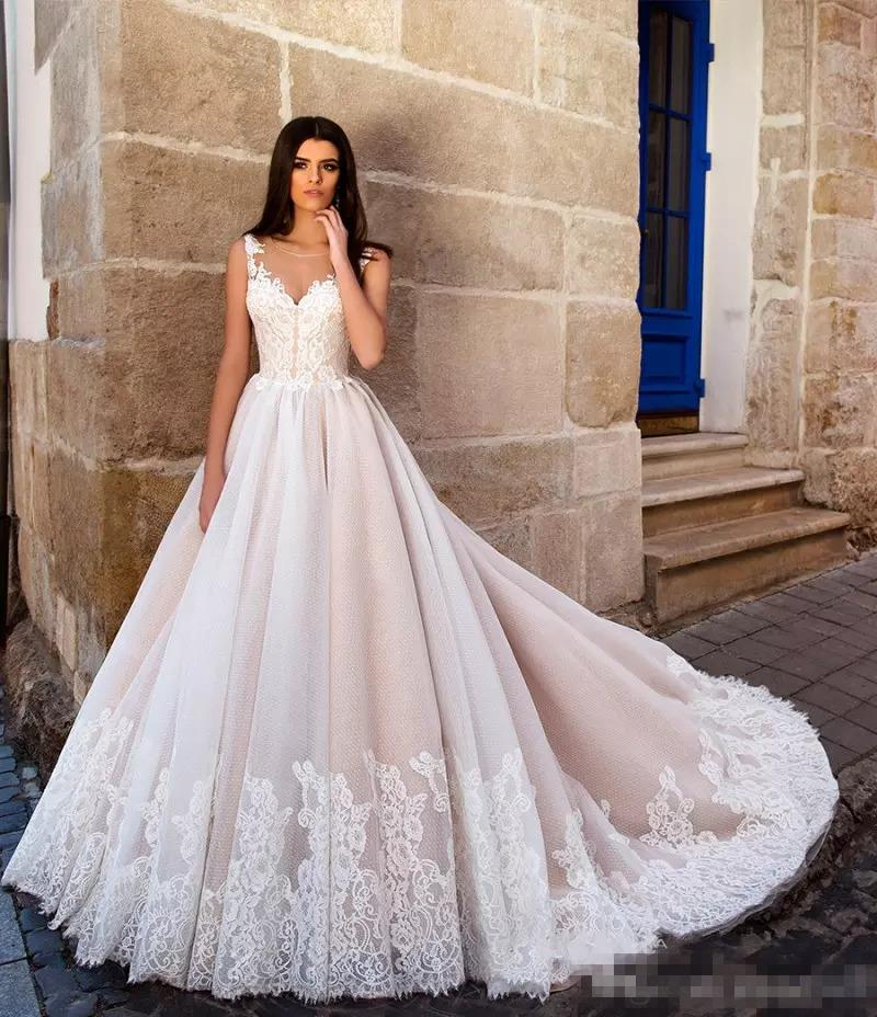 2017 New Arrival Princess Ball Gown Wedding Dresses Illusion Round