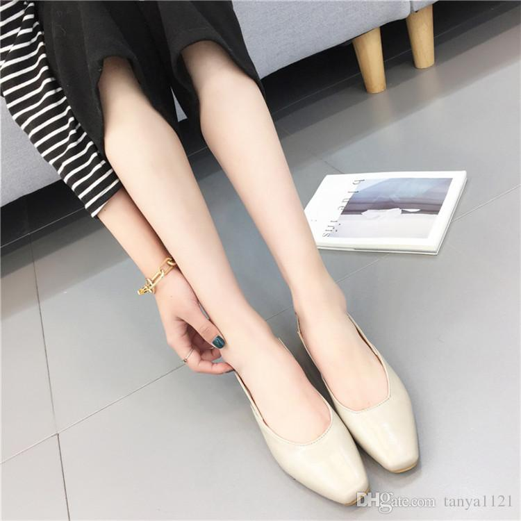 Moda Yaz Sandalet Bayan Ayakkabı Düz Topuklu Ayakkabı Rahat kızın Ayakkabı Topuk 1.5 cm Çıplak Ayak Bileği Flats Elastik Bant