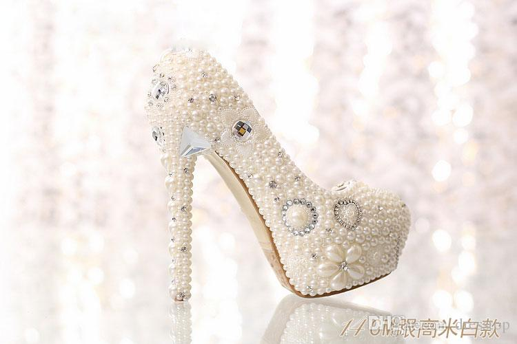 Hot Sale Pearls Wedding Shoes For Bride Crystals High Heels Rhinestone Platform Pumps Bridal Shoes Round Toe