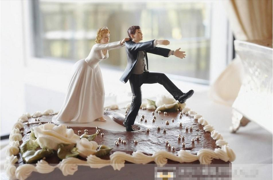 2018 Wholesale New Come Back Bride And Groom Funny Wedding Cake Topper Personalized Toppers In Event Party Supplies From Copy02 2128