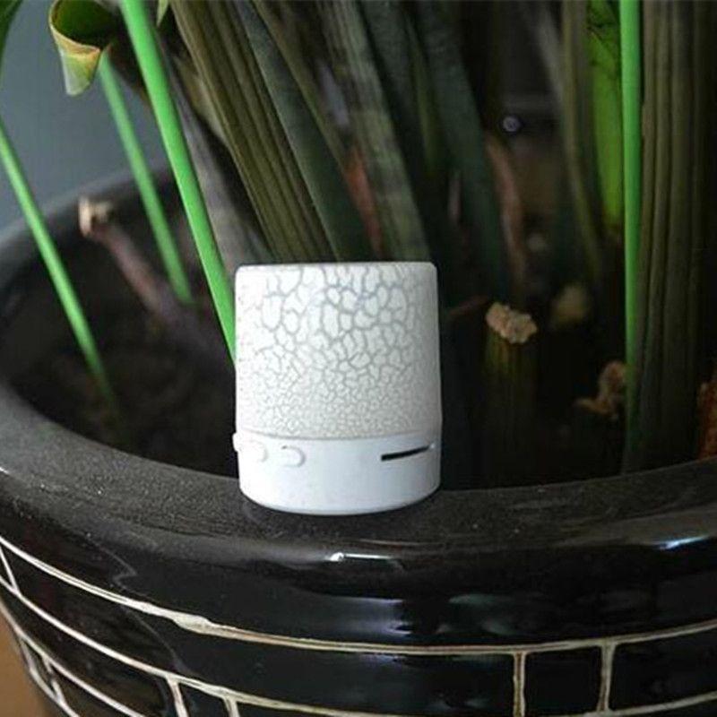 Portable Min Speaker Speaker LED light Speakers Bass Stereo Speaker