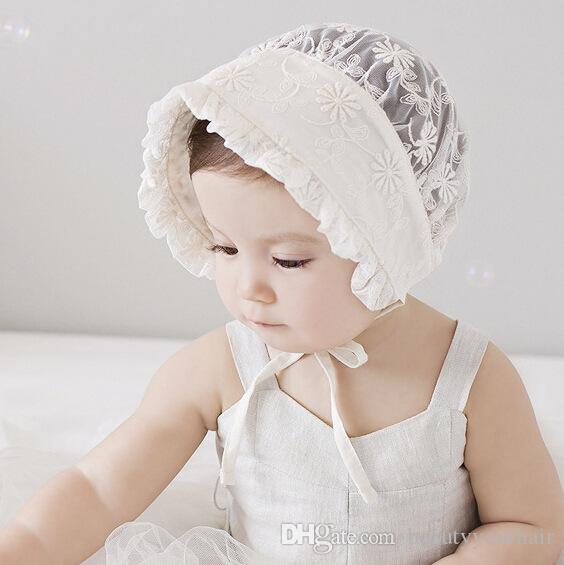 Lovely newborn baby hats Hollow Flower lace beanie vintage baby girls lace up caps elegant white hats