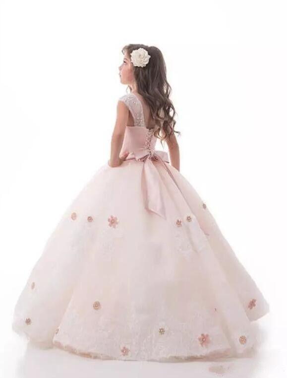 Princess Pink A Line Flower Girl Dress Sheer Neck Lace Appliqued Flowers Girls Pageant Abiti Custom Made abiti prima comunione