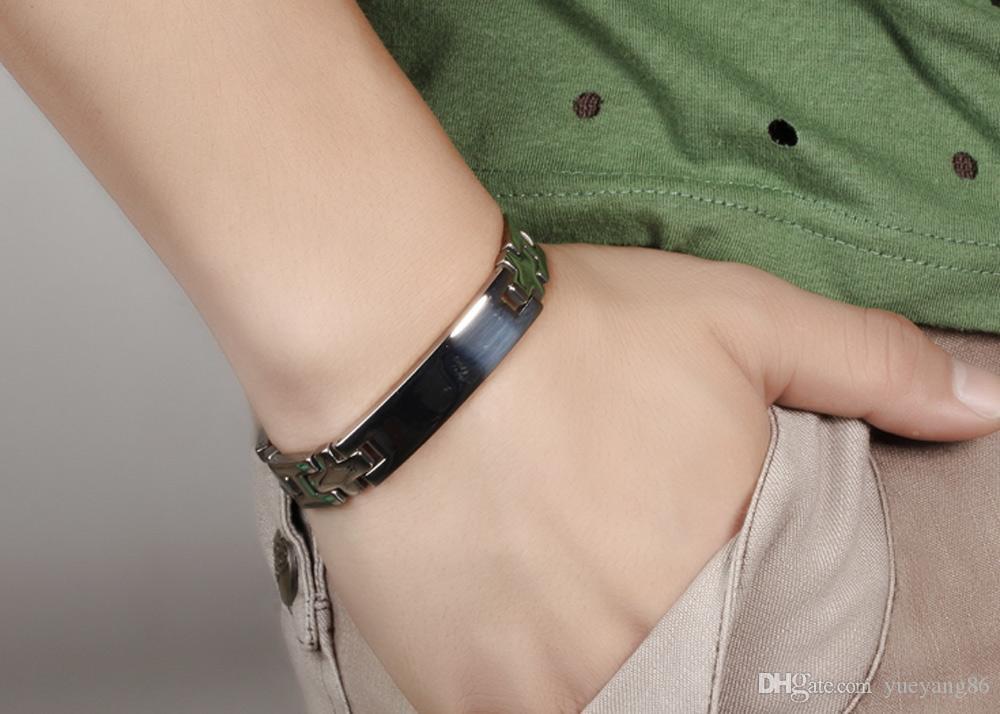 La sua e la sua catena a maglie incrociate in acciaio inossidabile 316L che abbinano l'ID lucido dei gioielli del braccialetto degli amanti dell'argento