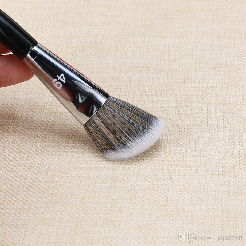 Pro Angled Blush Brush #49 by Sephora Collection #22