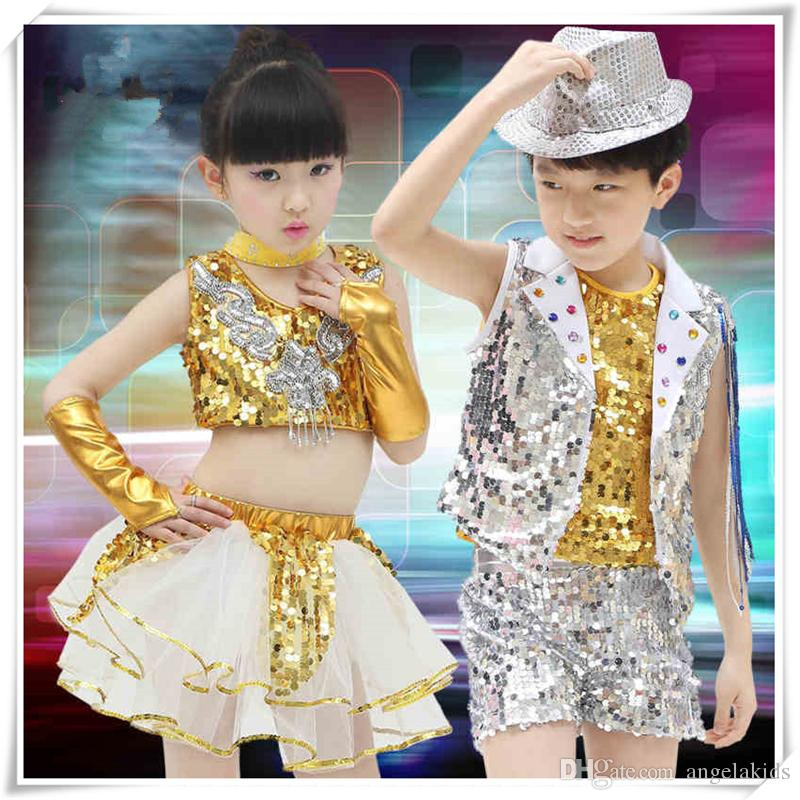 f72f64fb853e 2019 Children Costume Clothes Costumes Sleeveless Sequined Two Piece Girls  Dress Suits Jazz Dance Stage Wear Sequins Crop Top Shine Short Pants From  ...