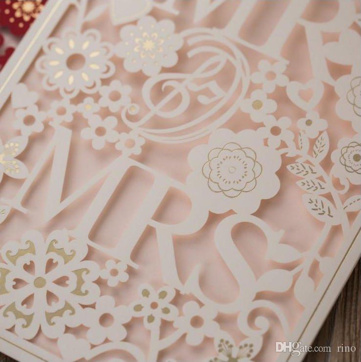 레이저 커팅 결혼식 초대장 카드 백서 꽃 Mr. Mrs. Invitaitons Cards 2 색 무료 봉투 및 인감 도매