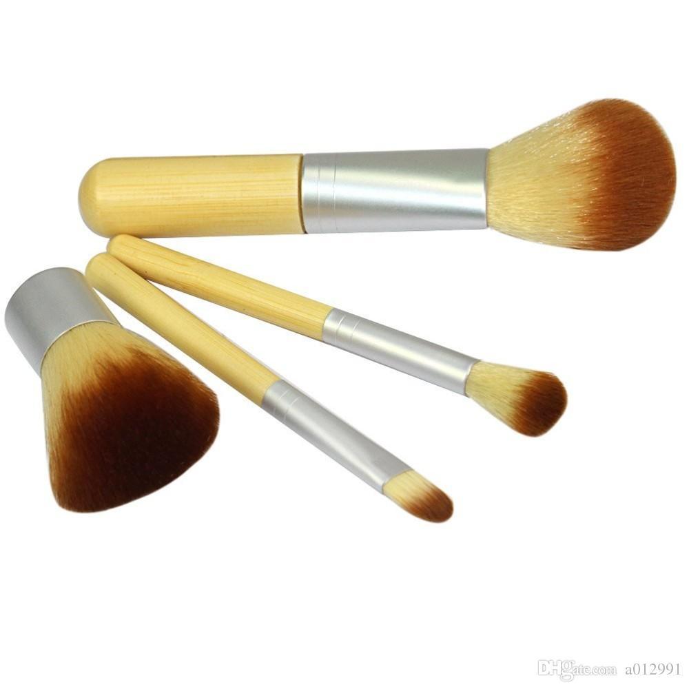 4 pezzi Set pennelli trucco Pennelli cosmetici Trucco manico in bambù Trucco cosmetico blush fondotinta in polvere kabuki set di pennelli