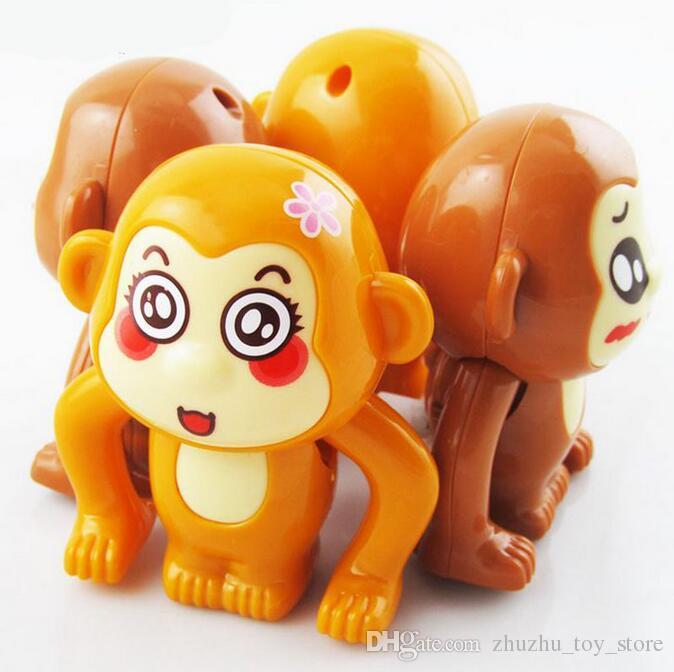 5 шт. / лот ходьба игрушки ветер вверх листать обезьяна для детей подарки на День Рождения случайный цвет