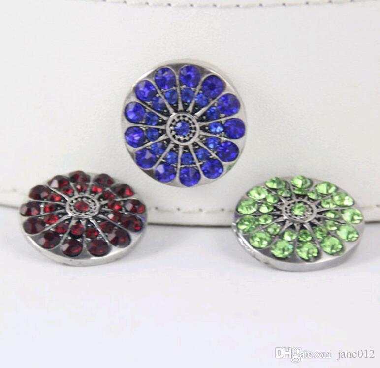 Venta al por mayor caliente / mezcla muchos estilos de alta calidad 18 mm de metal botón a presión Charm Rhinestone Styles Button DIY Snaps joyería NOOSA chunk