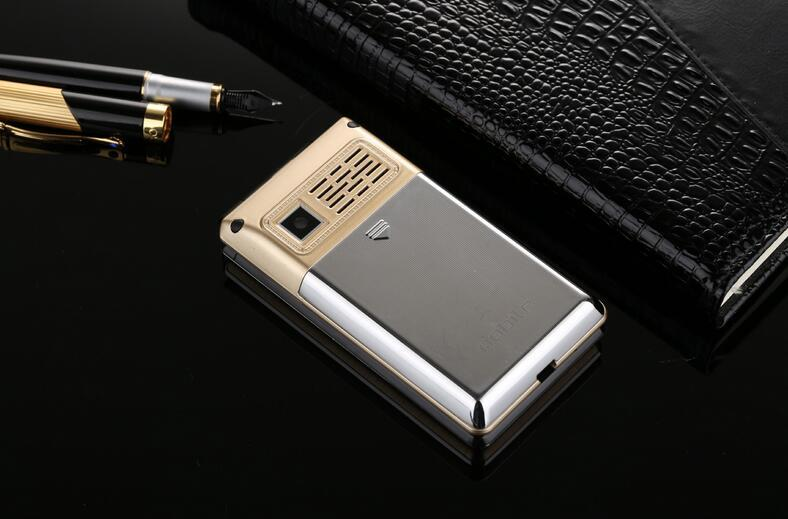 New X12 storm 3.0 inch flip touch screen big speaker handwriting vibration WeChat QQ mobile phone positioning manufacturers wholesale