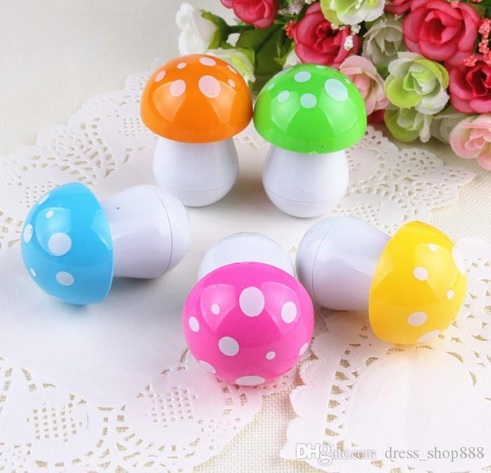 South Korean creative stationery cute cartoon mushroom pills retractable ballpoint pen students prizes Toys