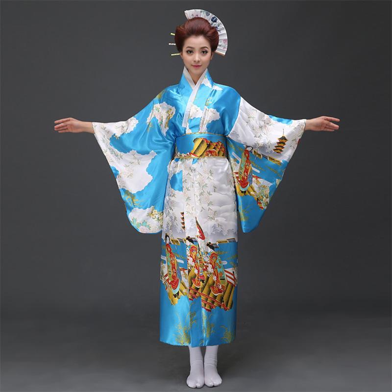 elle se fist sous les jupes japonaise