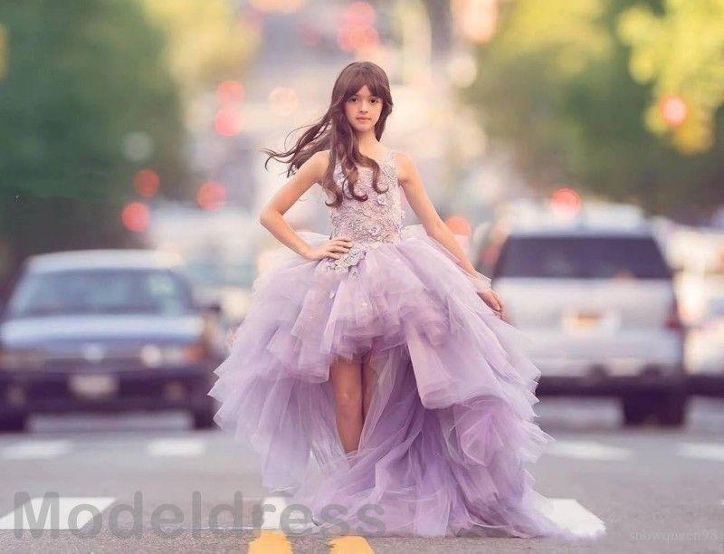 2019 Diseño único High Low Girls Vestidos de desfile Joyas Apliques de encaje Hi-Lo Lila Niños Flor Chicas Vestido de gala Vestido de cumpleaños para niños