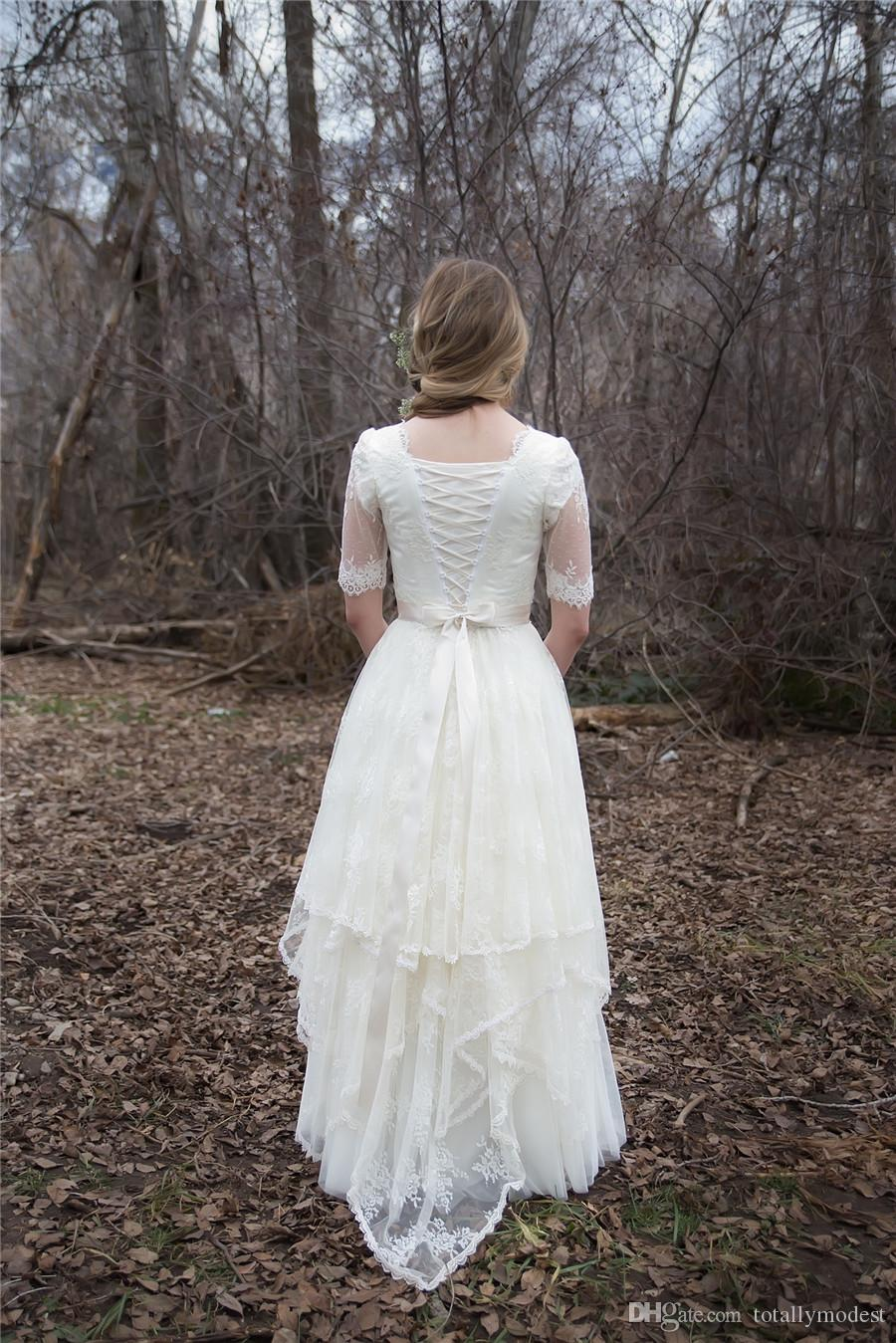 Vintage Lace A-line Modest Wedding Dresses With Sleeves Bohemian Wedding Gowns Lace-Up Back Floor Length Rustic Bridal Wedding Dress Plus