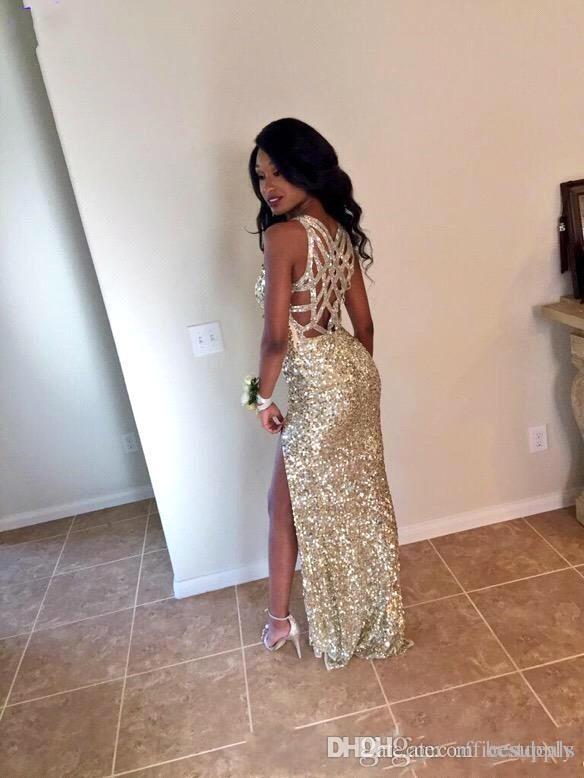 2017 Sparkly Gold Prom Dresses V 목 크리스 크로스 백 스팽글 Vestidos De Festa 하이 레그 슬릿 시든 이브닝 드레스 New Abendkleider