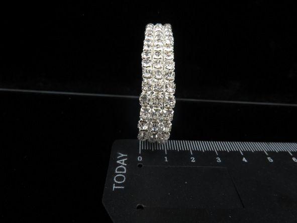 Hochzeit-Abend-Partei Sillver Armband Bling Bling 3 Reihen Strass Kristallausdehnungs-Armband-Armband Prom Brautschmuck Hochzeit Zubehör