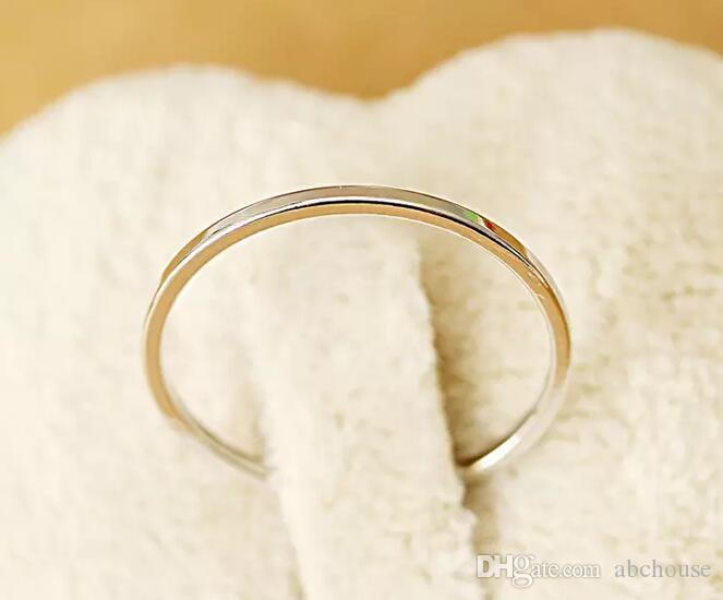 Nuovi anelli squisita del chiodo dell'anello del platino dell'oro del platino placcato oro 18K di disegno della regina retro squisita trasporto libero