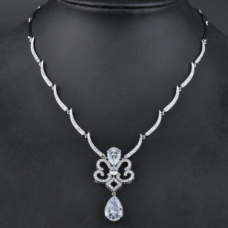 Vintage Style Bijoux élégant Big Waterdrop en cristal clair Pendentif Afrique EarringsNecklace Bijoux Ensembles cadeau de mariage GLN0123