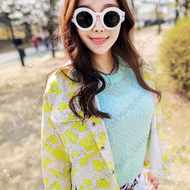 2017 Retro Moda Güneş Gözlüğü ulzzang Kore Tasarım Kadınlar Güneş Gözlükleri Yuvarlak Çerçeve UV400 Siyah Sarı 2 Renkler