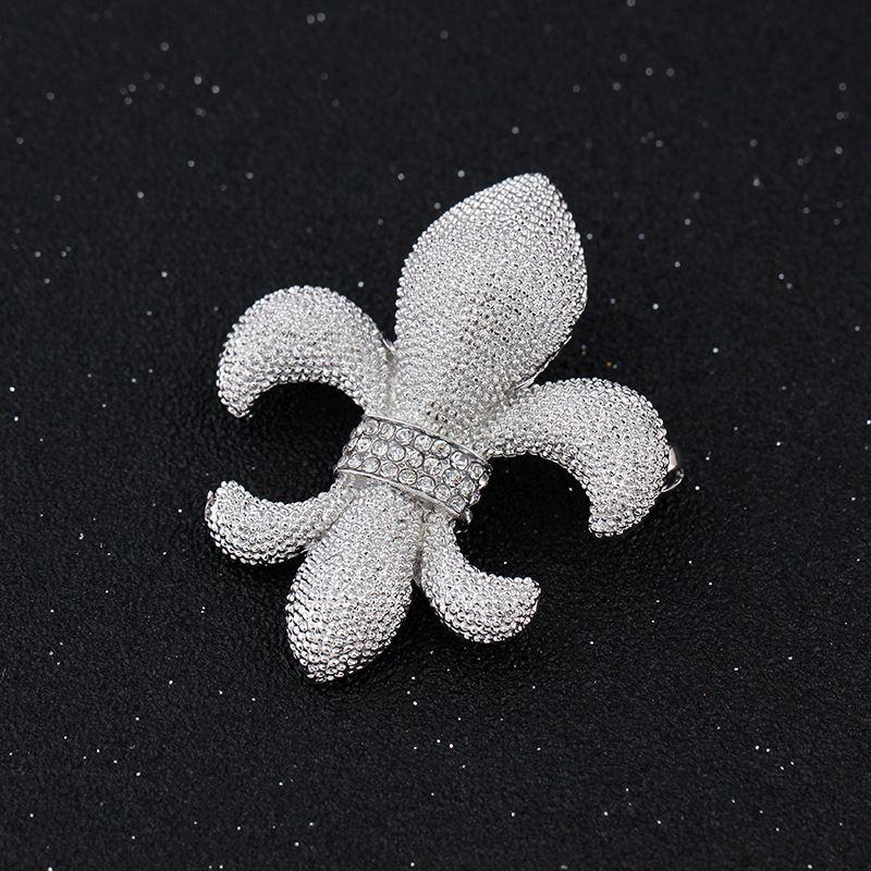 3.8*4.6CM Fleur De Lis Brooch Lily Flower Pin Wedding Bridesmaid Clear Rhinestones Fashion Jewelry