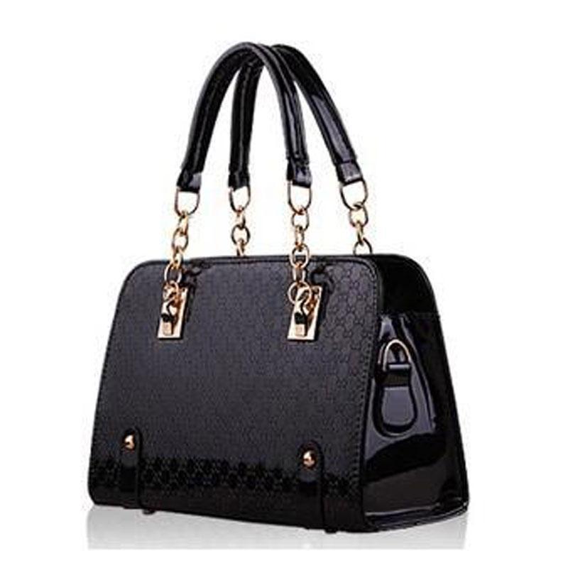 c92b5f881106 2019 Pochette Luxury Brand Plaid Chain Women Bag Famous Designer Purses And Handbags  2016 Ladies Hand Bags Dollar Price Sac A Main From Hkegomall