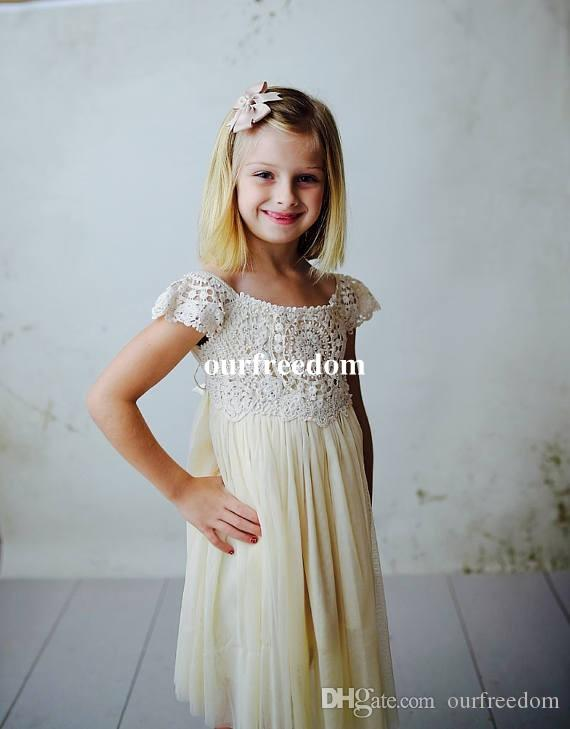 Cute Lace Top Flower Girls Dresses 2019 Short Chiffon Cape Sleeve First Communion Dresses Girls Birthday Party Gowns Custom Made Cheap