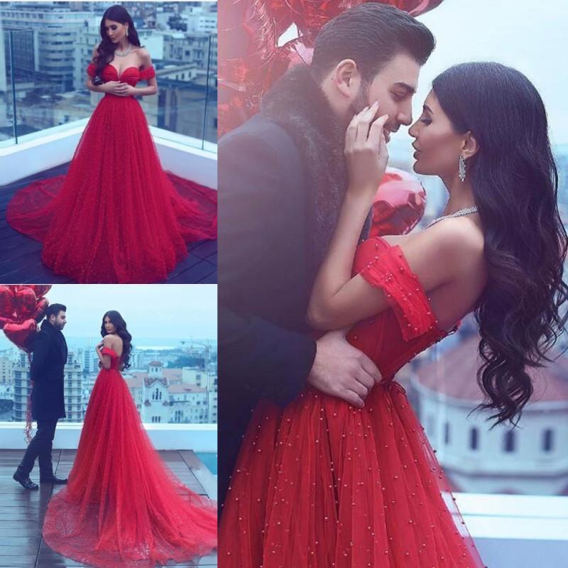 Compre Increíble Rojo De Hombro Vestidos De Baile Con Perlas ...