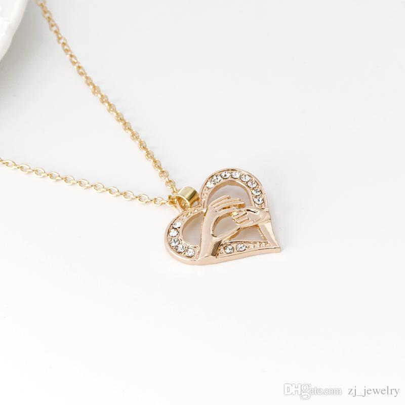 Mothers Day Gift Mother Baby Hand Holding Love Heart Pendant klace Rose Gold Mom