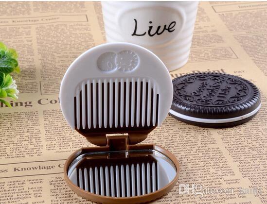 Forma de biscoito de chocolate bonito portátil maquiagem cosméticos espelho + pente menina da senhora Lovely cookies design com pente
