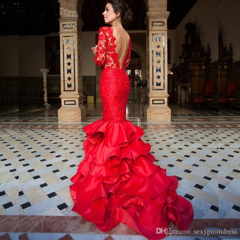 Elegante rote Spitze Abendkleider 2017 Sexy Open Back Long Sleeves Tiered Abendkleider Meerjungfrau bodenlangen Festzug Kleid