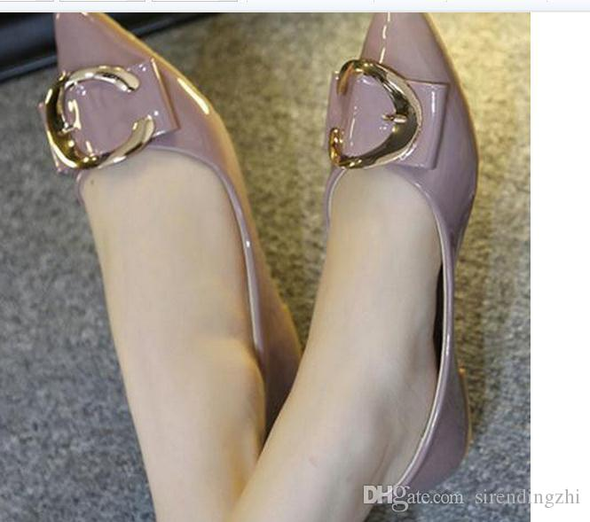 In the spring of 2017 the new pointed flat single woman shoes big yards of shoes comfortable and soft bottom FuRuiSource