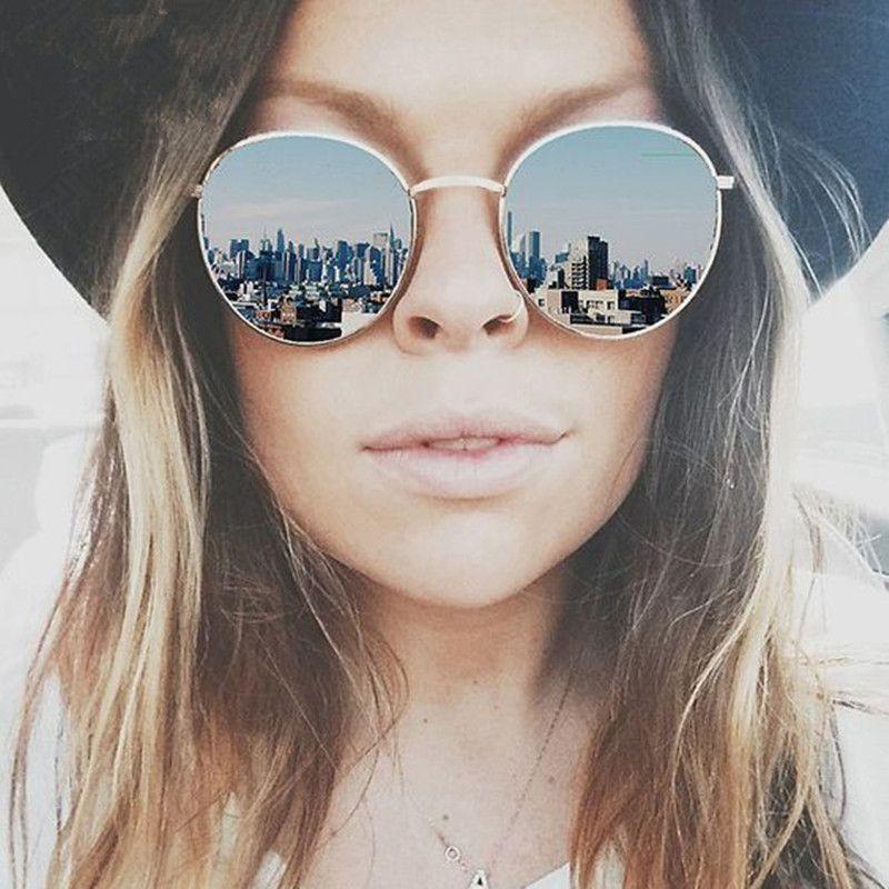 d83ff5c83 Compre Atacado Design De Moda Marca Redonda Mulheres Óculos De Sol Feminino  Designer De Marca 2016 Espelho De Luxo Do Vintage Senhoras Óculos De Sol  Das ...