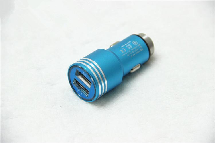 Liga de alumínio martelo de segurança real 1.3a dupla porta usb carregador de carro universal para o telefone inteligente proteção ic 100 pçs / lote