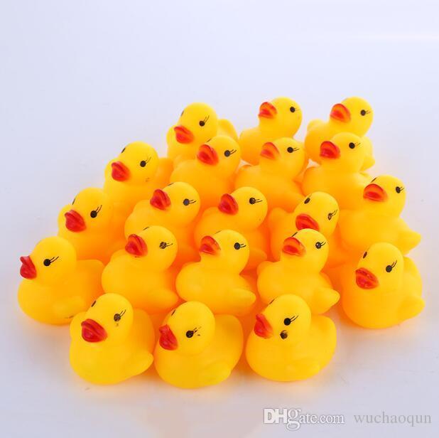 Оптовая 100шт / серия Оптовая мини резиновая утка ванны Пвх утка со звуком плавающей Duck Быстрая доставка Swiming Бич детей игрушки