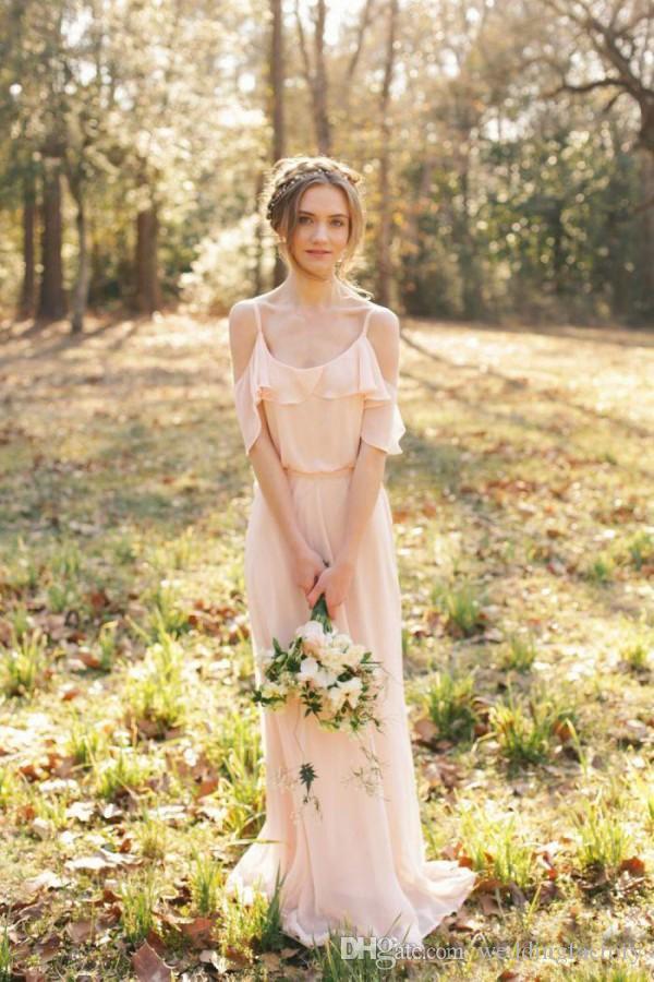 컨트리 스타일 신부 들러리 드레스 블러쉬 핑크 시폰 긴 보헤미안 웨딩 파티 하녀의 명예 가운 스파게티 스트랩 어깨 해변 착용