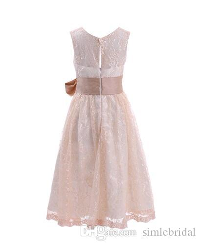 2017 Hot Sale Classical Lace Pretty Flower Girl Dresses Tea Length Hand Made White First Communion Dresses Cheap Party Gowns for Girls