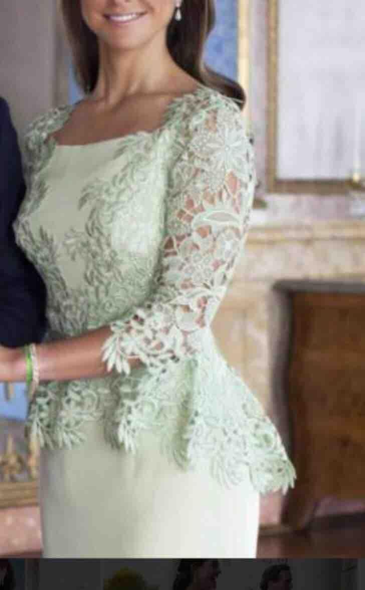 Großhandel Prinzessin Madeleine Kleid Sheer Lace Ärmeln Satin Mantel  Abendkleider Nach Maß Länge Elegante Zipper Back Abendkleid Sage Soiree Von