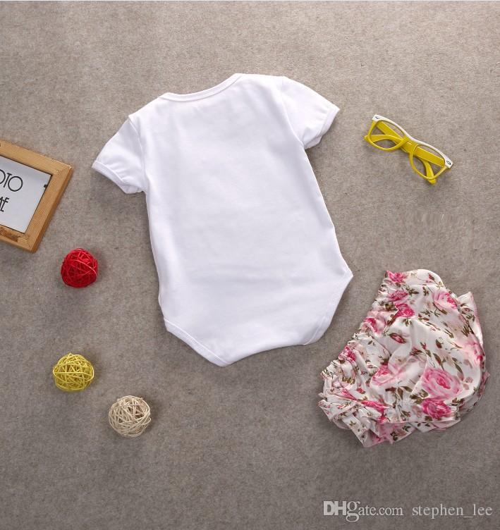2017 جديد الطفل الأميرة الملابس مجموعات الطفلات الأبيض قصيرة الأكمام ولي السروال القصير + الأزهار المطبوعة السراويل 2 قطع مجموعة الرضع وتتسابق طفل الدعاوى