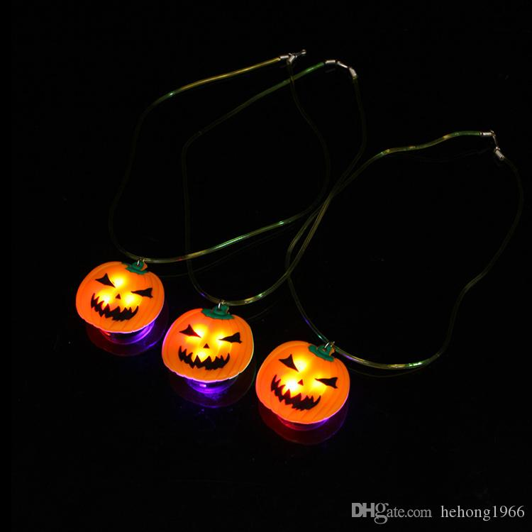 LED Light Necklace Halloween Pumpkin Christmas Santa Claus Pendants For Child Flash Pendant Necklaces Glow In The Dark 2 5ax B