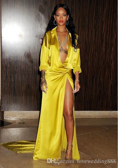 2019 Sexy Tiefem V-Ausschnitt Rihanna Grammy Promi Abendkleider Mit Langen Ärmeln Schenkelseitiger Schlitz Stretch Satin Sweep Zug Kleid Formell