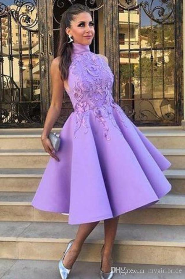 Compre 2018 Vestidos De Cóctel De Satén Lavanda Escote Halter ...