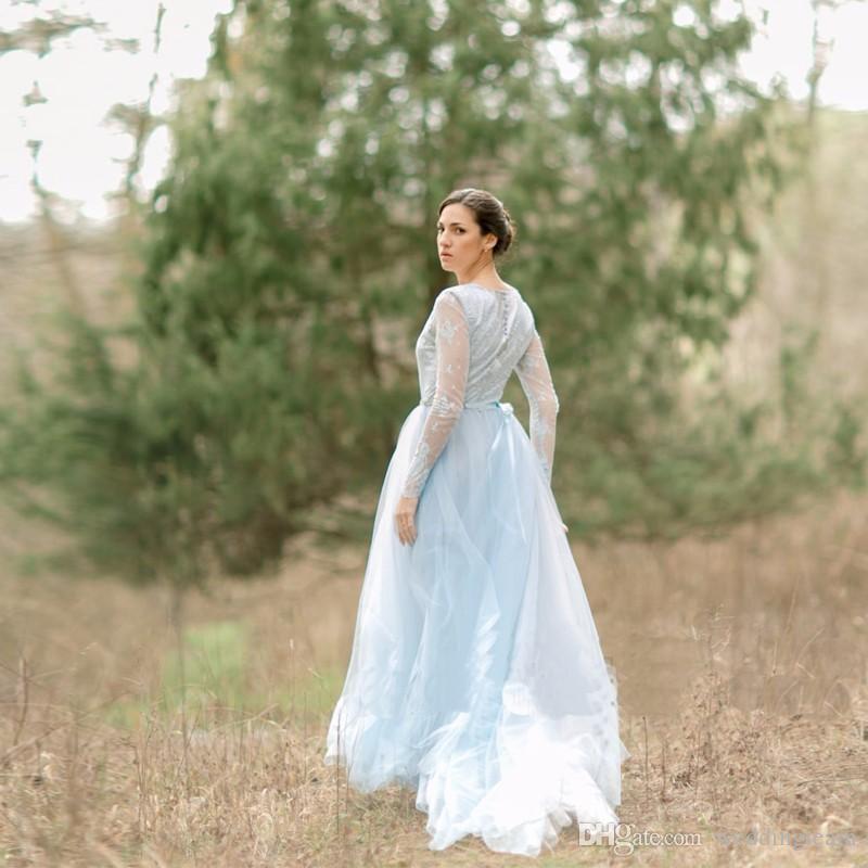 Date Bleu Clair Tulle Plage Robes De Mariée À Manches Longues Col De Bijou Une Ligne Mariée Robe Cour Train Dentelle Top Robe De Mariage