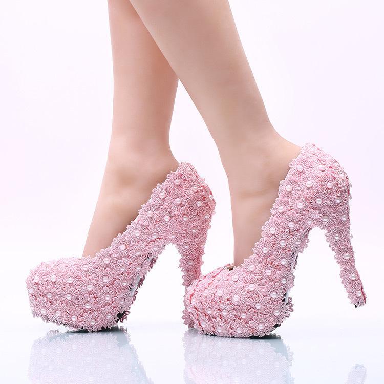 Love Moments Wedding Dress shoes Donna Flower Lace Platform Tacchi Alti Perle Scarpe da sposa Sposa Donna Scarpe eleganti