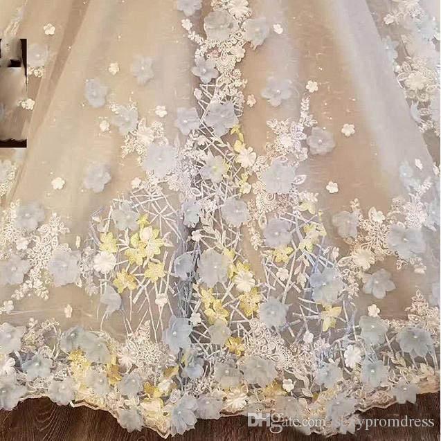 De luxe Floral Appliques Robes De Mariée 2018 Sheer High Neck Sans Manches Bow Peplum Robes De Mariée Vintage Backless Balayage Train Vestidos