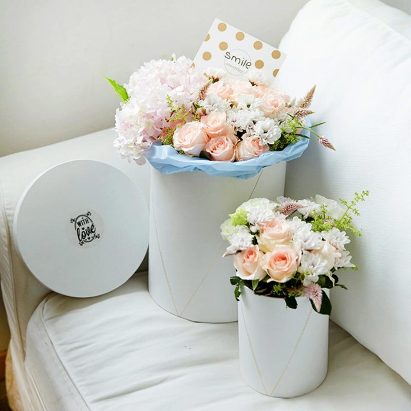 High Grade Korean Flower Boxes With Lid Hug Bucket Trumpet