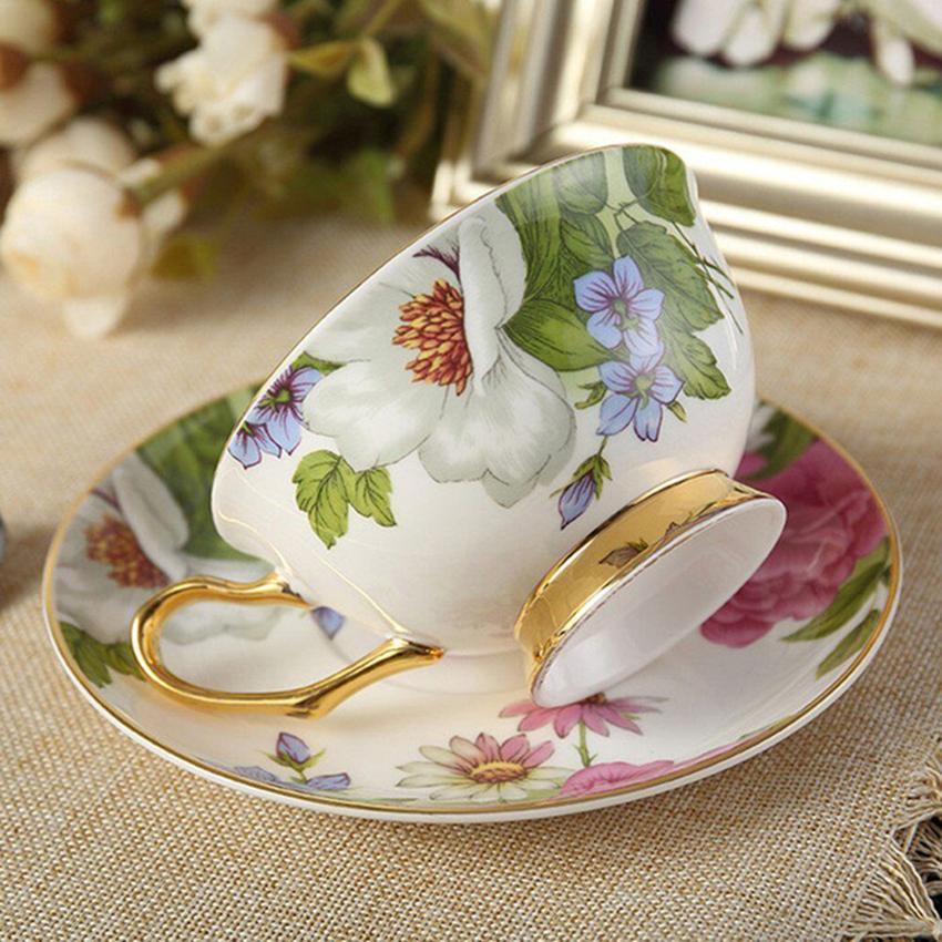 Bone China Tea Cup Set di tazze da caffè con piattino e cucchiaio, la casa, i ristoranti, i regali le feste e gli amici