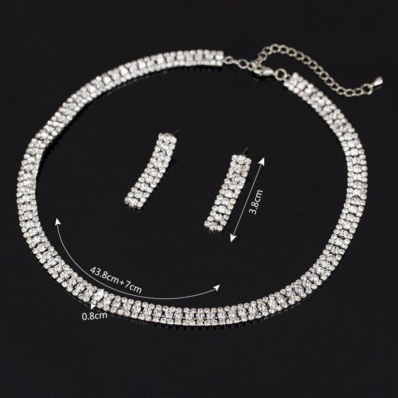 مجموعة مجوهرات الزفاف الأنيقة الفاخرة بما في ذلك 1 زوج أقراط زهرة 1 الزفاف بيان تشيكوسلوفاكيا ستون قلادة